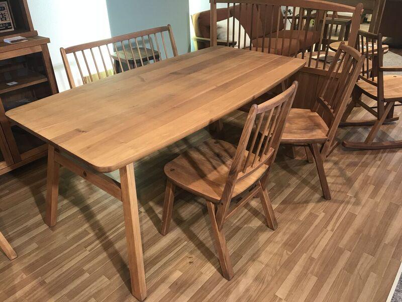 くるみの木・柿渋塗料を使った家具 『MINO』1